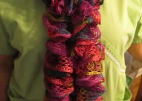 Fashion Handknit Frilly Scarf