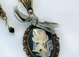 Vintage Rose Cameo Necklace