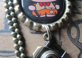 Steampunk Hello Kitty Bottlecap Necklace w/ Camera