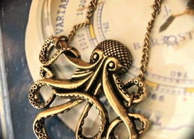 ANTIQUE BRONZE  OCTOPUS NECKLACE STEAMPUNK