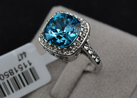 18k White Gold Plated Ring w Blue Aquamarine Swarovski Crystal Size 8