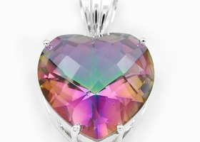 59ct Mystic Topaz Heart Gemstone Pendant in 925 stamped Silver with Necklace