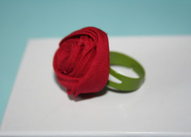 Unique Red Rose Ring