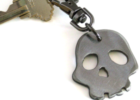 Rocker Skull Metal Keychain by WATTO