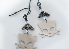 Outlaw Kitty Dangle Earrings