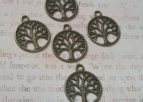 Bronze Tree of Life Pendants 15:-)