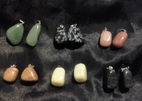 12 Beautiful Natural Gemstones - Various Uses.