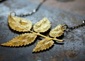 Romance in the Garden Leaf Necklace