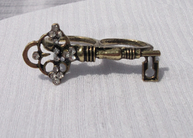 Brass Double finger Key Ring sizes 6,7