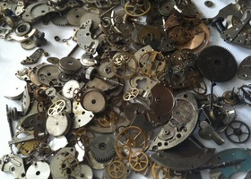 100 parts for your steampunk creations including lots of gears and fun.