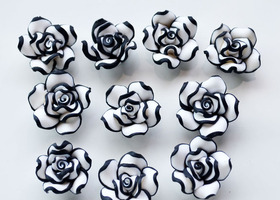 20 Pieces Polymer Clay Flower Beads
