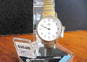 NIP Ladies' GoldtoneTimex Watch