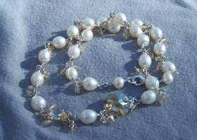 Genuine pearl and Swarovski crystal necklace