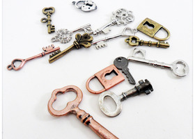 Assorted Keys & Locks