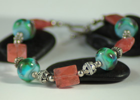 Cherry Quartz & Lampwork Glass Bracelet, Handmade