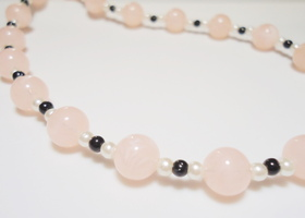 Dainty & Delicate Pink Necklace