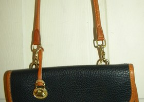 Dooney & Bourke Crossbody Shoulder Bag