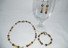 Beautiful colored glass bead 3 piece set