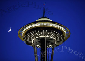Greeting Cards, Set of 2 5 x 7 Seattle Space Needle
