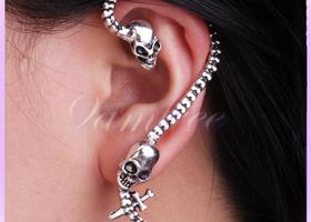 Silver Antique Skull Bite Ear Cuff Wrap Earring