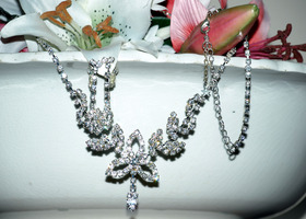 Necklace & Earring Set Austrian Crystal