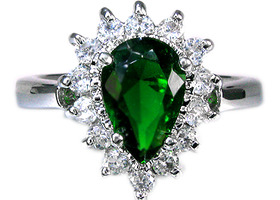 GREEN EMERALD 18k white gold GP(stamped)size 8