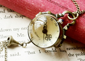 Retro Style Glass Ball Pocket Watch Necklace