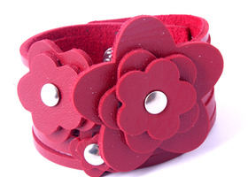 Lovely Pink Flower Leather Cuff Bracelet