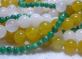3 16 inch strands of green quartz gemstone rounds