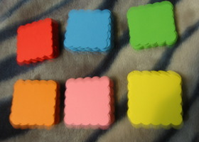 100 Bright Colored Tags