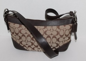 Coach Hampton Signature Shoulder Bag 13012
