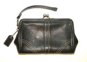 Coach Black Leather Soho Framed Kiss Lock Wristlet
