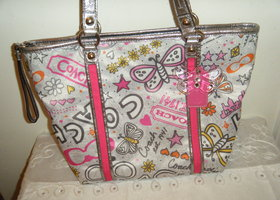 Rare Coach Bandana Graffiti tote bag