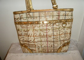 Coach Graffiti Tattersal Tote bag