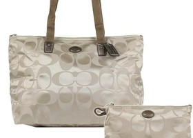Nwt Coach Large Weekender Packable Tote & Pouch