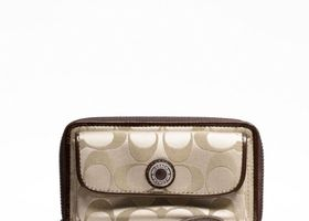 NWT Coach Ashley Signature Sateen Universal Zip Wallet