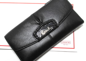 Authentic Coach Ashley Leather Wallet & Checkbook