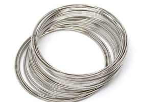 200 Continuous Loops of 65 MM Memory Wire
