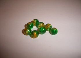 6mm Half Green, Half Yellow Crackle Glass Beads
