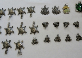 26 Turtle/Frog  Charms/Pendants