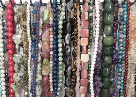 100 Assorted Gemstone Beads