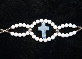 Lapiz Cross Glass Bracelet