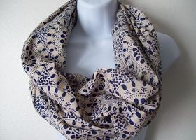 THREE butteifulgirls Infinity Scarves