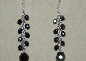 Romantic Black Drop Earrings