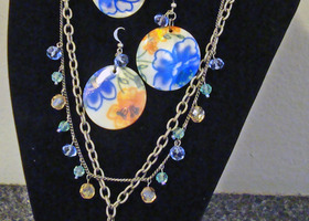 Bluebelles and Oranges Necklace Set