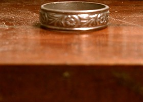 Silver Floral Celtic Engraved Ring Size 8