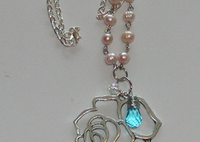 Silver Tone Rose and Swarovski Crystal Necklace
