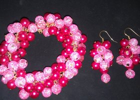 Flirty Pinks Bracelet and Dangles set