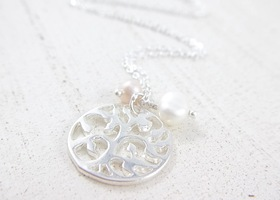 Circle of Life Tree Necklace with Fresh Water Pearls