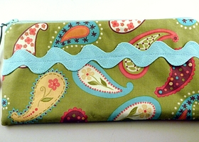 Pastel Paisley Coin Purse / Clutch